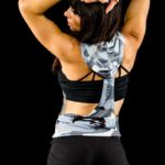 Sleeveless hoodie camo back view with Priscilla 02
